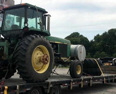 John Deere Tractor Shipping Service, we will transport it john deere tractor shipping