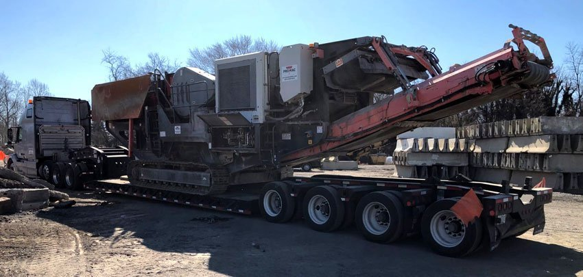 Shipping Container Crane with We Will Transport It