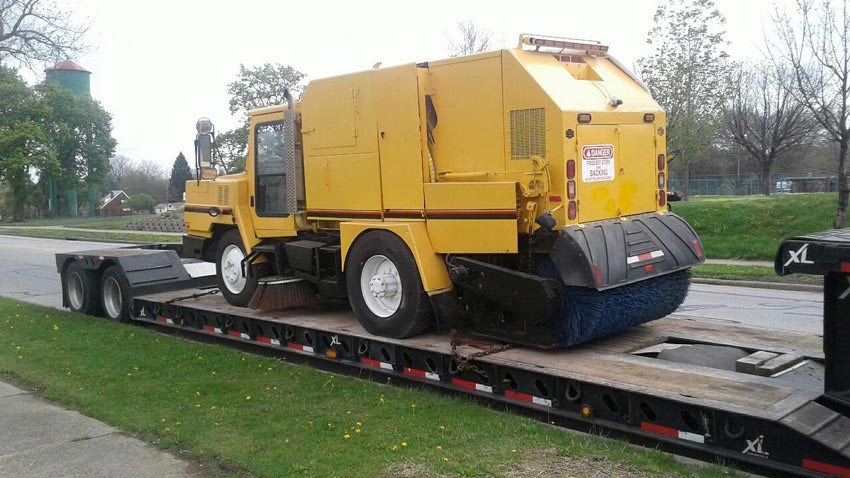 Street Sweeper Truck Transportation, we will transport it