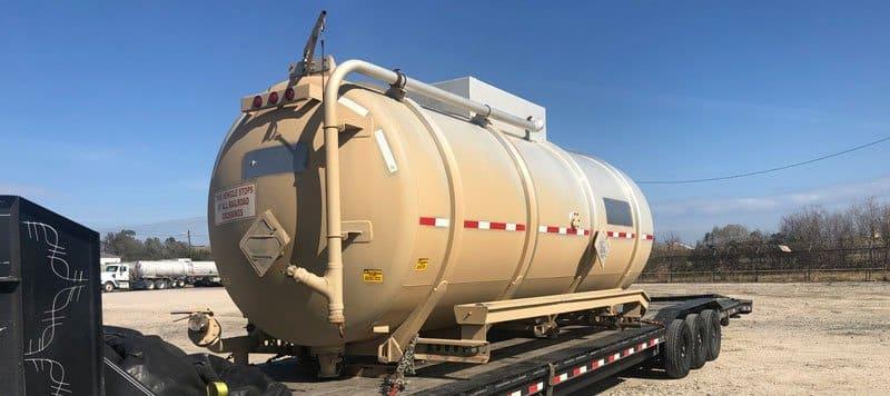 Oil tanker ship, Transporting propane tanks