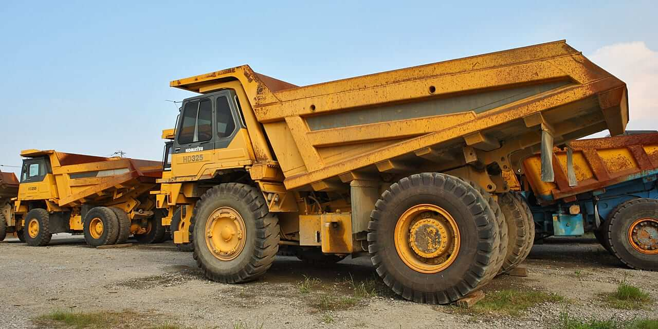 We will transport it, ship komatsu vehicle transport company vehicle transport company