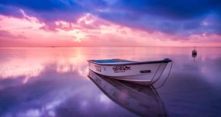 small boats transportation